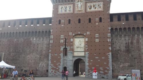 Entrada do Castelo Sforzesco