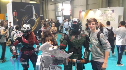 Não sei de que jogo são, mas gostei da armadura.